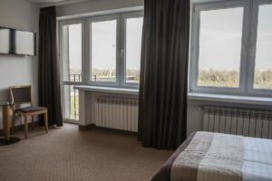 hotellogos-wwa-gal02-06-pokoje