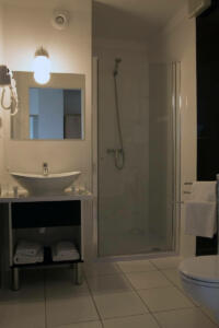 hotellogos-wwa-gal02-16-pokoje