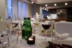 hotellogos-wwa-gal04-07-restauracja